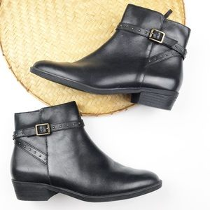 Ralph Lauren black leather ankle boots w/ buckles
